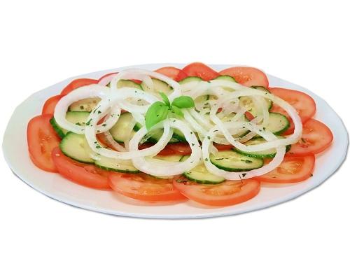 Tomaten-Gurken Salat